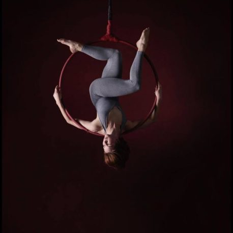 Vertical Dance Arts – Aerial Silks // Aerial Hoop